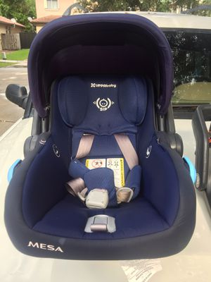 Uppababy Mesa car seat and base 2019 for Sale in Miami, FL