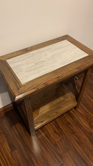 Custom end table for Sale in Waverly, IA
