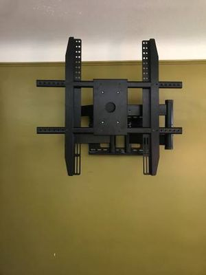 TV Wall Mount for Sale in Maple Heights, OH