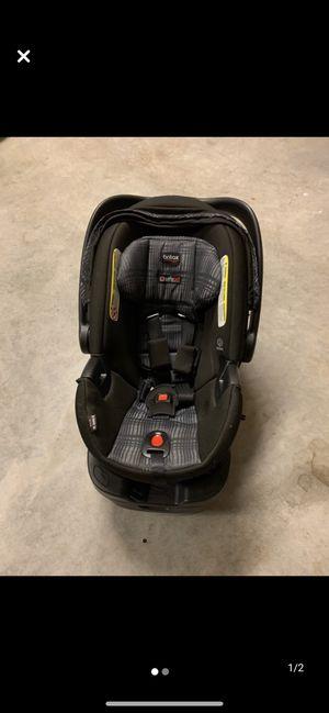 Britax B-Safe Ultra Infant Car Seat for Sale in Beaufort, SC