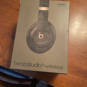 Beats Studio 3 Camo edition $140 for Sale in Long Beach, CA