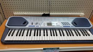 Casio keyboard for Sale in Valley View, OH