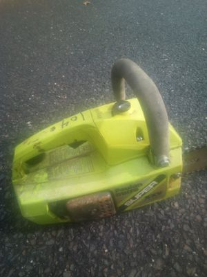 Poulan chainsaw for Sale in Newtonville, NJ