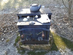 Wood burning stove. for Sale in Franklin, NJ