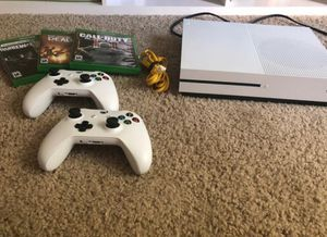 Xbox one S 1TB for Sale in Culver City, CA