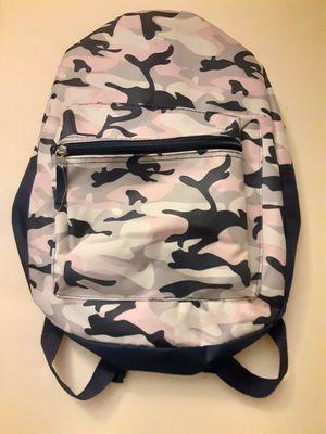 Camo Backpack for Sale in CARPENTERSVLE, IL