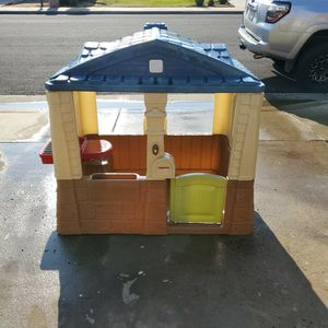 Step 2 Play House for Sale in Clovis, CA