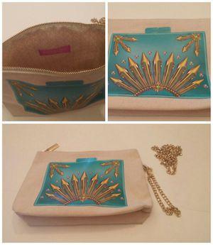 NWOT Weekend Handbag/Clutch for Sale in Leavenworth, WA
