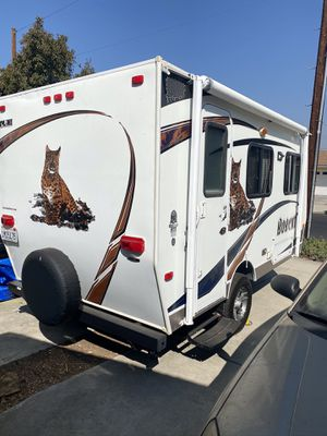 Travel camper 2012 for Sale in Los Angeles, CA