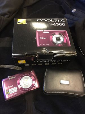 Nikon Coolpix S4300 camera for Sale in Northport, NY