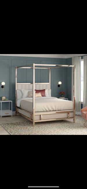 Queen size mirror bed + mirror dresser ( brand New ) for Sale in Atlanta, GA