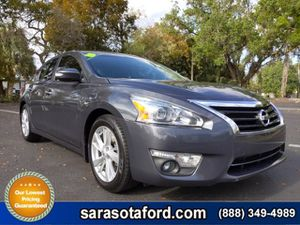 2013 Nissan Altima for Sale in Sarasota, FL