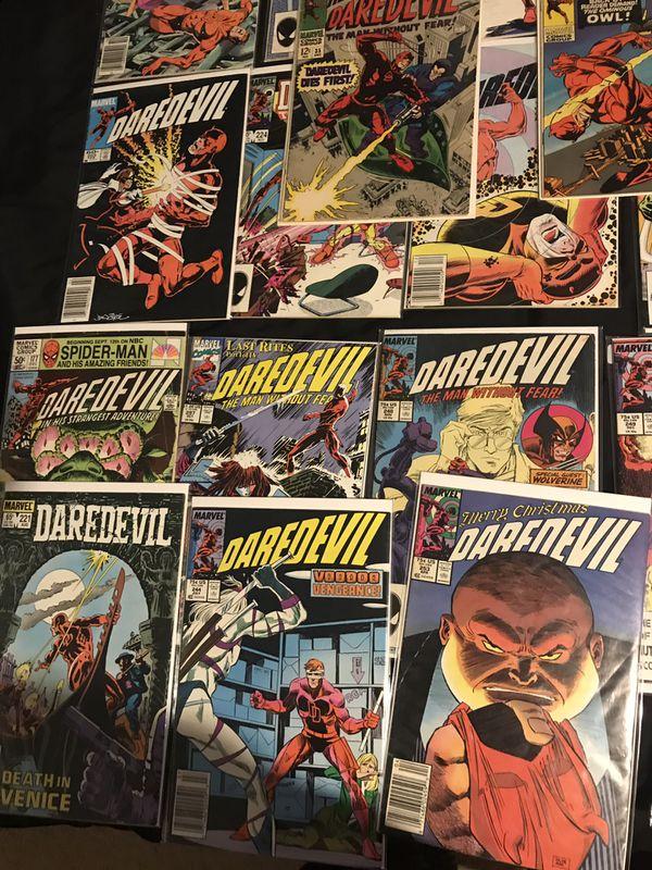 Huge daredevil comic book lot !!!