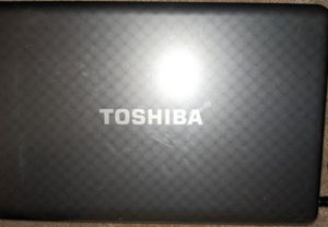 Toshiba laptop for Sale in Patterson, CA