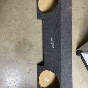 Sub Box For 2 10s for Sale in Fresno, CA
