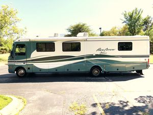 2000 Pace-Arrow Vision 36Ft Motorhome With 2 Slide Outs 40k Miles for Sale in Hoffman Estates, IL