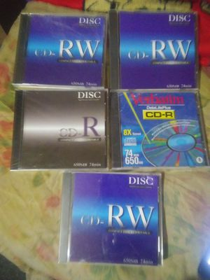 5 Blank Cds Never been open Rw and R for Sale in Amory, MS