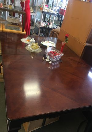 Vintage dining table for Sale in Stickney, IL