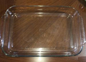 Pyrex 4qt. Baking Dish for Sale in Santa Fe Springs, CA