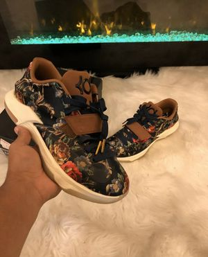 NIKE Zoom mens shoes 8.5 KD VII EXT FLORAL QS Midnight Navy/Black-Hazelnut for Sale in Winter Park, FL