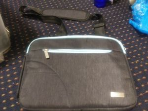 Tablet case thick fuzzy inside to keep product safe for Sale in Everett, WA