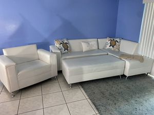 Sectional sofa for Sale in Boca Raton, FL