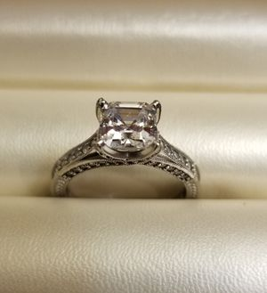 Beautiful ring 14k real white gold 7 1/2 $280 for Sale in Mesa, AZ