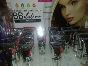 BB Dation foundation with a Matte finish for Sale in Youngtown, AZ