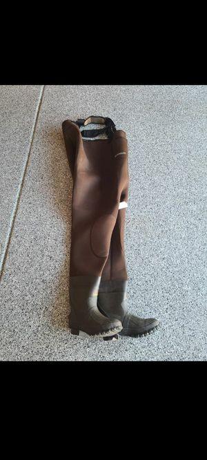 Neoprene waders Mens size 8 for Sale in Chandler, AZ