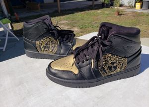 Custom Versace Jordan 1s size 8 Men for Sale in Los Angeles, CA