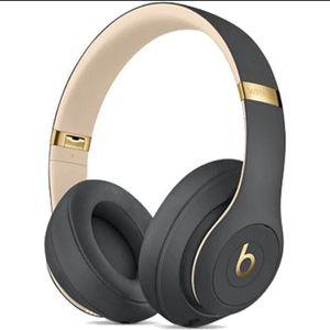 Beats studio 3 Wireless for Sale in Clearwater, FL