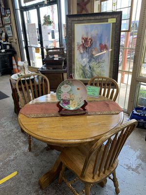 Table and 3 chairs. 79.99. + tax for Sale in Forest Hill, TX