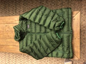 GOOD CONDITION: Patagonia Boys Jacket Boys Size 8 for Sale in Rancho Cordova, CA