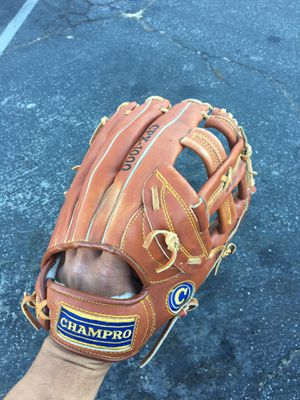 Champro CPX 1000 Series Baseball Glove for Sale in Los Angeles, CA