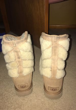 Uggs Size 9 for Sale in Nashville, TN
