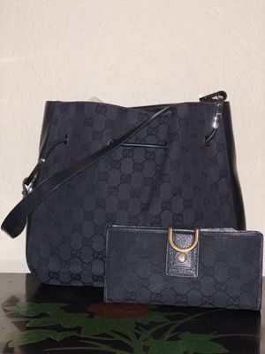 Authentic Gucci Bag and Wallet Set for Sale in Tampa, FL