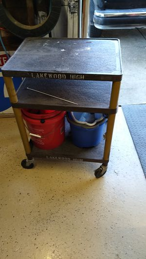 """A V. Cart 33.5"""" hi x 24"""" wide 18"""" deep for Sale in Cleveland, OH"""