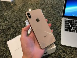 iPhone xs max unlocked for Sale in Willard, NM