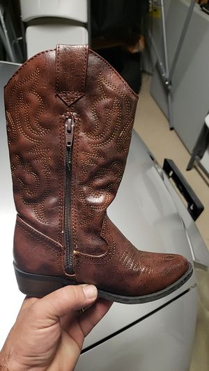 Girls boots size 13 for Sale in NEW PRT RCHY, FL