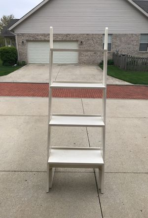 Distressed Ladder shelf for Sale in Springfield, OH