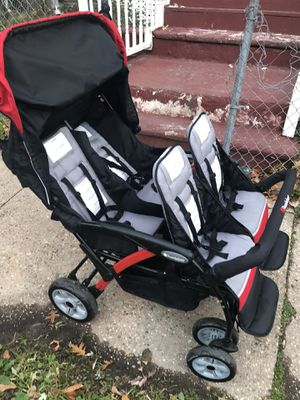 Foundations 4-Passenger Quad Sport Stroller for Sale in Newark, NJ