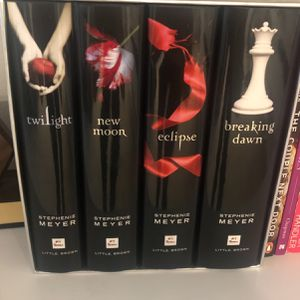 Twilight Series Hard Cover for Sale in Sloan, NV