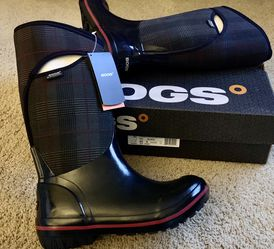 BOGS Womens Black Rain Boots New Sz 9 Rubber Boot Prince of Wales for Sale in Bothell,  WA