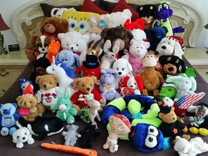 BIG LOT of Stuffed Animal (s) - Great Condition for Sale in Hollywood, FL