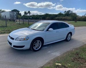 2008 Chevy impala for Sale in Miami, FL