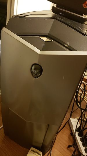Alienware computer come and get it for parts for Sale in San Francisco, CA