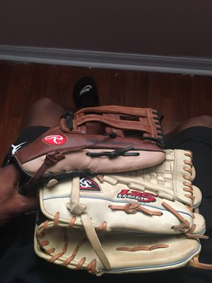 Baseball mites for Sale in Poinciana, FL