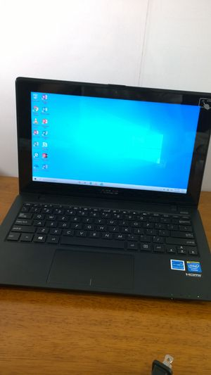 Bad laptop selling it for parts or repair for Sale in Richford, VT