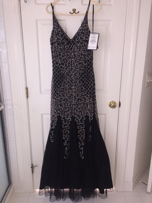 Prom/ occasional dress SIZE 12 for Sale in Bristow, VA