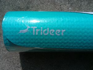 Trideer Yoga Mat ( Brand New ) for Sale in Clarksville, TN
